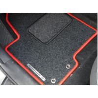Как убрать влагу из-под ковриков в автомобиле?