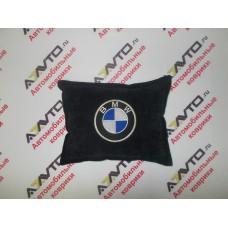 Подушка с логотипом BMW